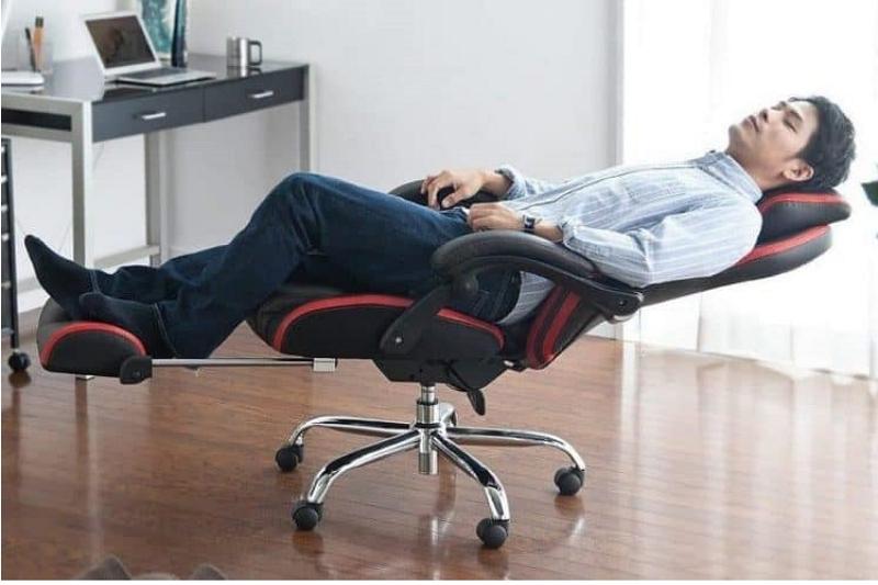 Come riparare una poltrona reclinabile che si inclina troppo all'indietro? 4 semplici passaggi